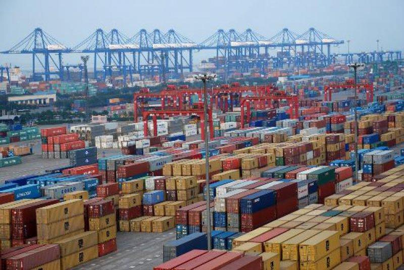 Cargo throughput at Chinas major ports up 5.9pct y-o-y in Nov.