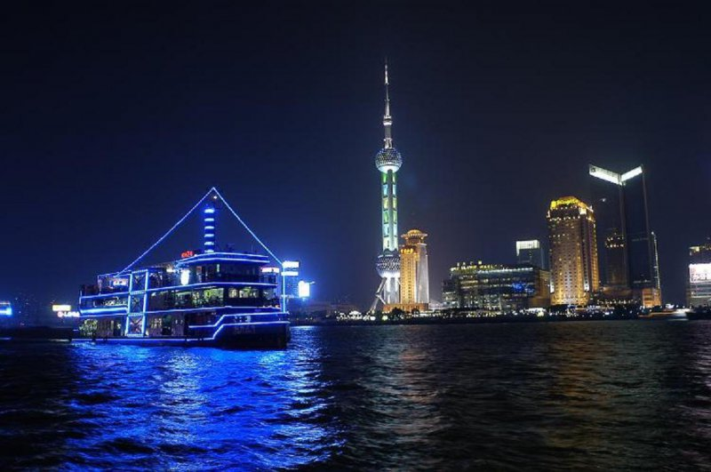 Shanghai handles 60 pct more liner passengers in Jan-Nov