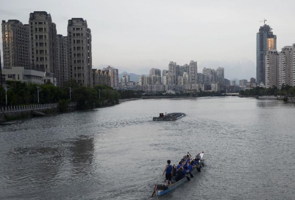 Chinas Wenzhou to speed up bad debt disposal: official