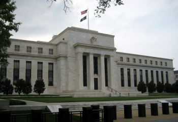 U.S. Fed keeps patient in interest rate hike