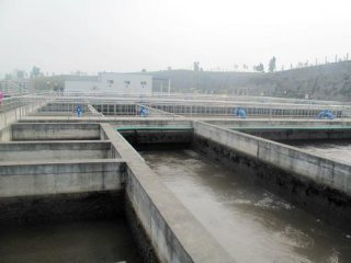 Cabinet officials grilled over water pollution