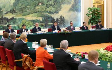 Xi says China open to foreign media, eyeing closer cooperation with U.S.