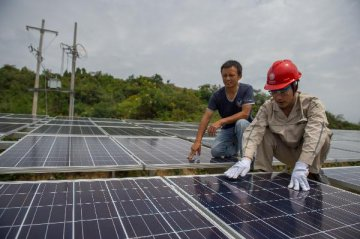 China to build more solar PV power stations in 2015