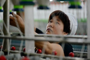 Chinas textile and apparel output value to exceed RMB9 trln in 2015