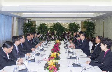 China, Singapore agree on new initiatives to boost international use of RMB