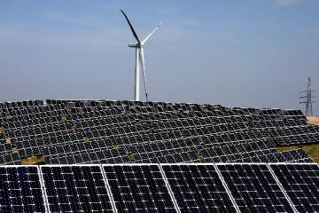 China to advance M A between solar PV firms, MIIT