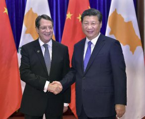 Chinese President meets Cypriot President