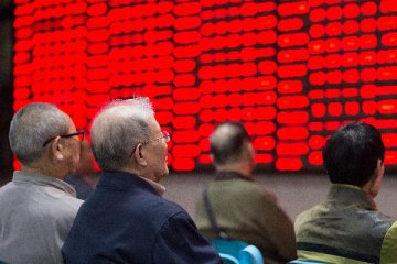 Chinese shares post strong gains on Mon. despite resumption of IPO