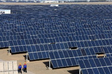 China tops global list of clean energy investment