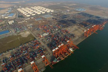 China Jan.-Oct. trade surplus at USD301.9 bln under balance of payment