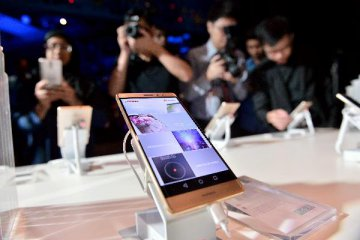 Huawei launches Nexus 6P smartphone in Spain