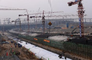 China economy sees more signs of improvement