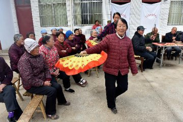 Aging population, changing attitudes drive Chinas senior care boom