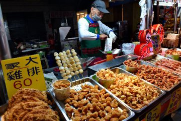 Taiwan deflation pressure eases in January