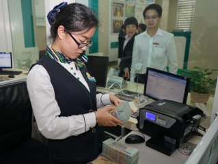 Chinese banking sectors bad loan rate rises in 2015