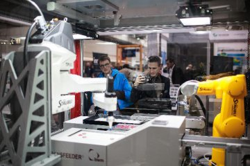 "China to be ""big player"" in smart manufacturing: Hanover Fair chief"