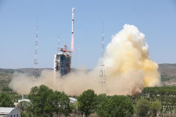 China launches new satellite for civilian hi-res mapping