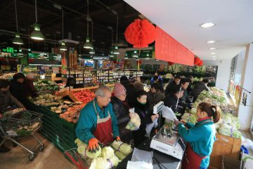Farm produce prices continue to fall