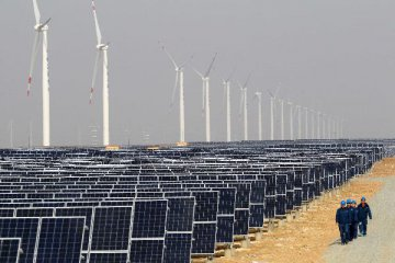 Chinas renewable energy quota to ease curtailment in wind, solar power