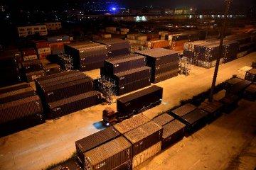Lanzhou-Europe, Lanzhou-Asia cargo trains promote Gansus foreign trade