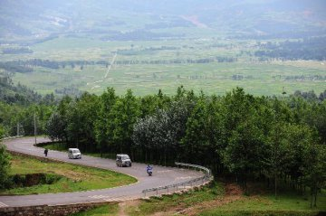 China to boost investment in rural transport to help poverty reduction