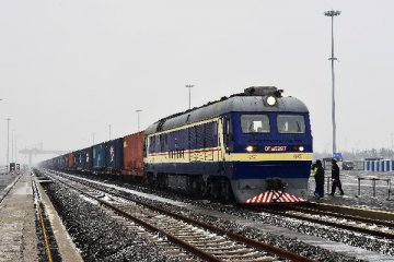 Xinjiang launches daily cargo train service to Central Asia