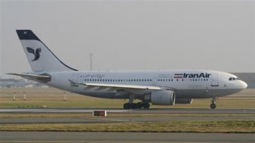 Iran, Frances Airbus finalize plane purchase deal