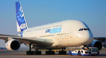Airbus delivers record-high of 688 commercial aircraft in 2016