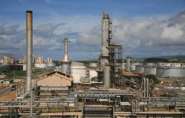 China-Venezuela commission oversees refinery expansion project