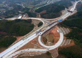 China plans 2.6 trillion yuan of transport investment in 2017