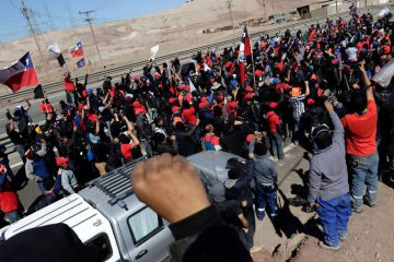 Chilean miners end strike at worlds largest copper mine
