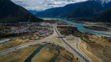 Chinas transport infrastructure investment grows
