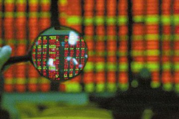 Chinese shares open lower Monday