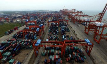China has never sought trade surplus with U.S.: official