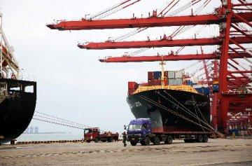 Mainland-HK trade drops in Q1