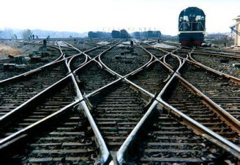 Chinese company signs deal to build Bangladeshs dual-gauge railway line