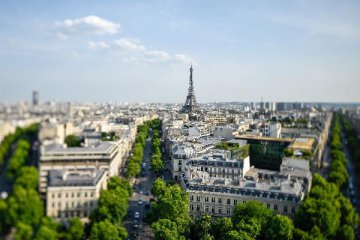 Insee revises Frances first-quarter growth to 0.5 pct