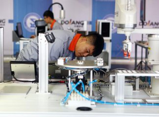 China's industrial robot market keeps growing