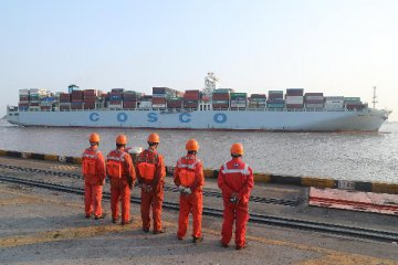 COSCO Shipping to buy OOIL for USD6.3 billion