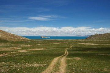 China Nagou Serling Tso Lake Scenery