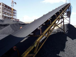China cuts more overcapacity in H1