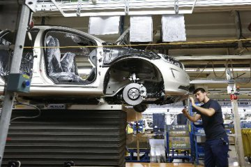 Chinese companies speed up takeovers in overseas auto industry: media