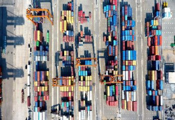 China's foreign trade up 18.5pct. in Jan.-July