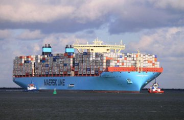 Maersk to sell oil, gas business to Total