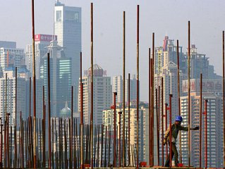 China's economy stabilizes, more room for real estate regulation