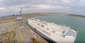 CM Port says to build Hambantota Port into global maritime center