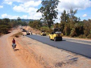 AfDB seeks funding for Kenya-Tanzania highway October 9, 2017 08:21