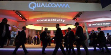 Qualcomm rejects Broadcoms initial takeover offer