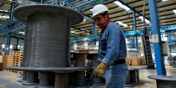 CFLP first releases global manufacturing PMI for Oct.