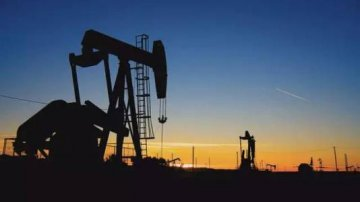 Oil price to rise in 2018, oil supply & demand being adjusted